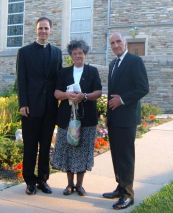 Fr. DeAscanis with his Parents